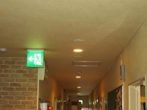 非常灯配線取付工事 A01