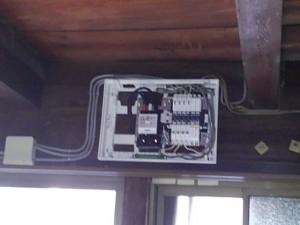 感震ブレーカー取付工事 A03