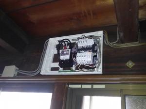 感震ブレーカー取付工事 A04