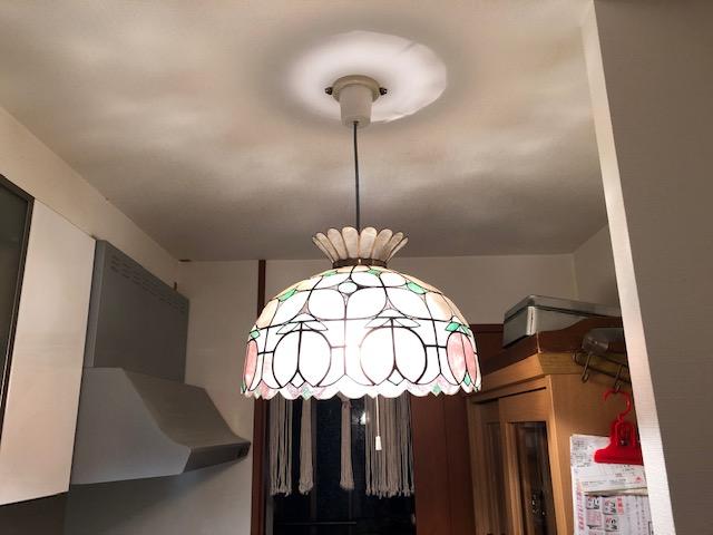 名古屋市名東区 キッチンの照明器具コードを取替する電気設備工事